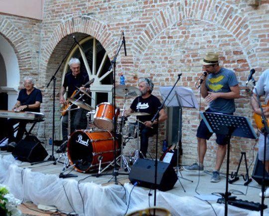 http://santangelofestival.it/wp-content/uploads/2018/03/I-GOLDONI-SantAngelo-Festival-2017-540x433.jpg