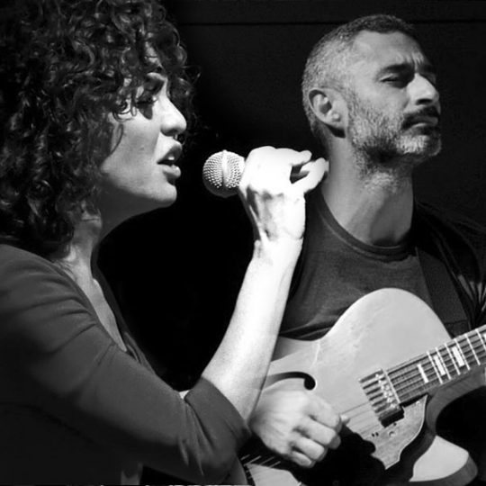 http://santangelofestival.it/wp-content/uploads/2018/04/Chiaraluce-De-Medici-Duo-SantAngelo-Festival-540x540.jpg