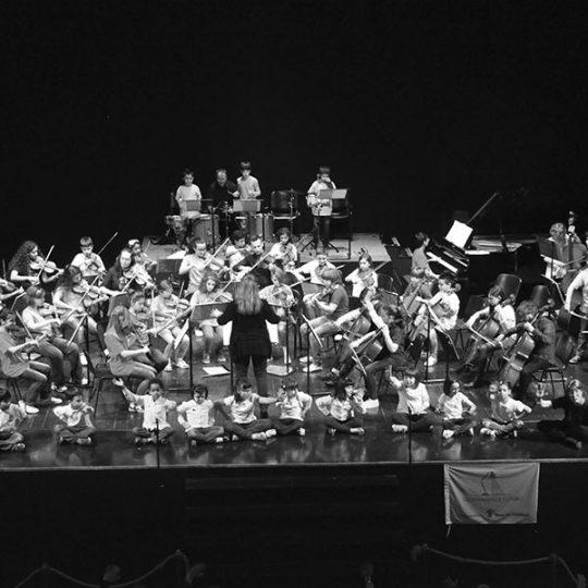 http://santangelofestival.it/wp-content/uploads/2018/04/Orchestra-El-Sistema-Macerata-1-SantAngelo-Festival-540x540.jpg